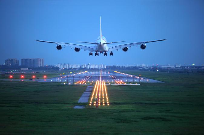 Traslado compartilhado: Aeroporto de Fiumicino para hotéis de Roma