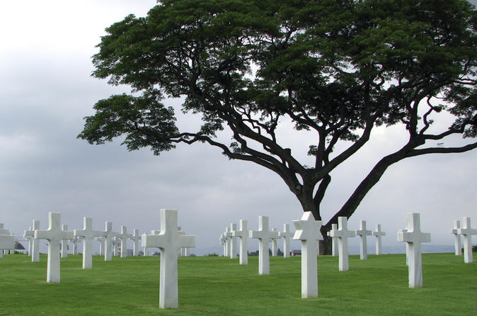 Small-Group Normandy D-Day Battlefields and Landing Beaches Day Trip from Paris