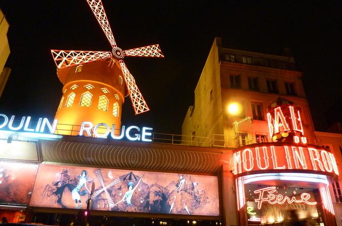 Torre Eiffel, Paris Cabaret Show e cruzeiro pelo Rio Sena