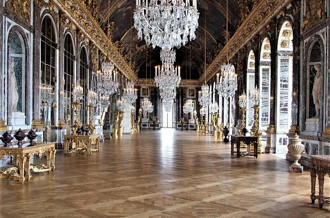 Versailles Guided Tour from Paris with Skip the Line Access