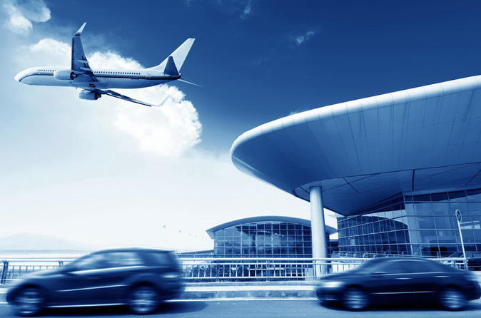 Private airport transfer from standard to business class