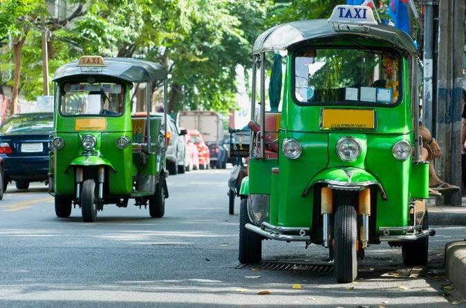 Excursão de aventura para grupos pequenos de Tuk Tuk em Bangkok