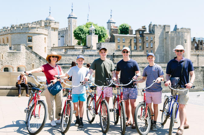 Small-Group River Thames Bike Tour