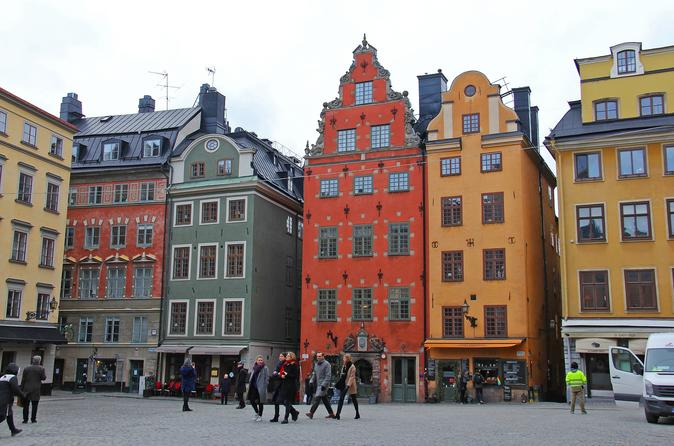 Stockholm:Hit The Streets Old Town Walking Tour