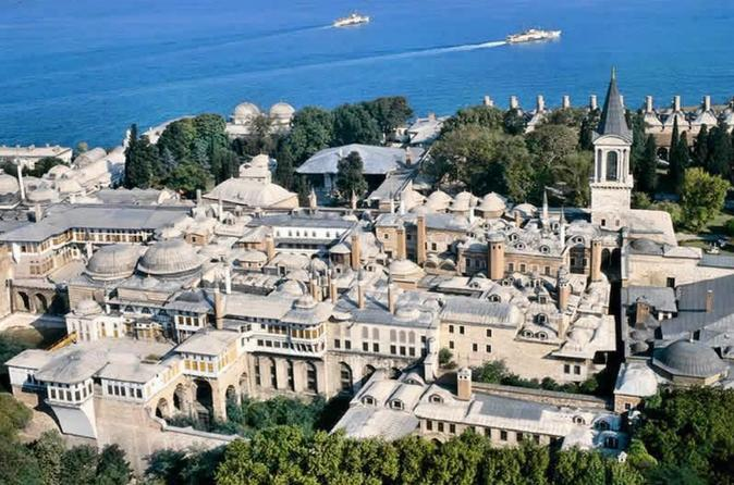 Topkapi Palace and Harem: 3-Hour Tour with Admission Ticket