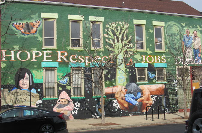 Private Street & Public Art Tour of Chicago's Pilsen Neighborhood