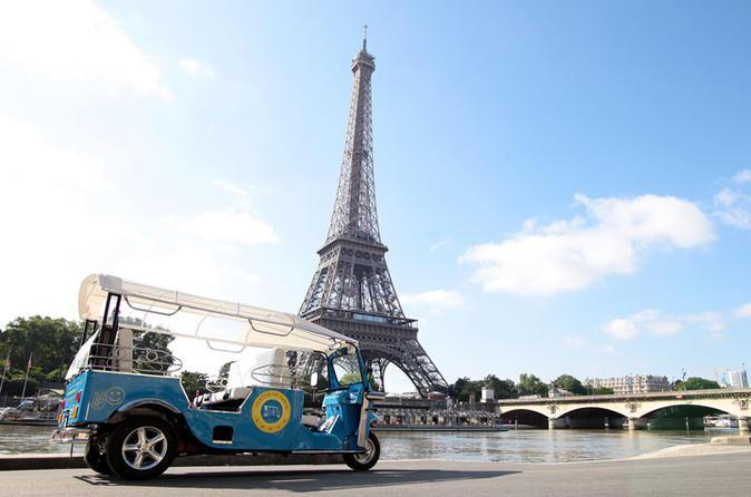 Notre Dame, Louvre & Tuk tuk Ride Family Tour