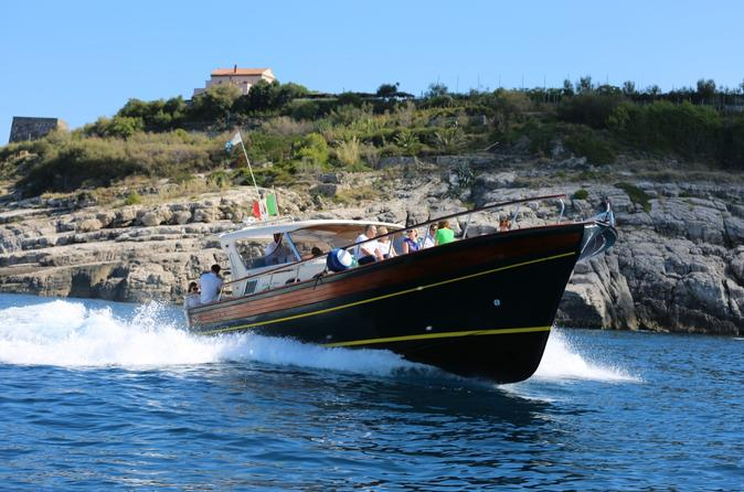 Positano and Amalfi boat tour from Naples