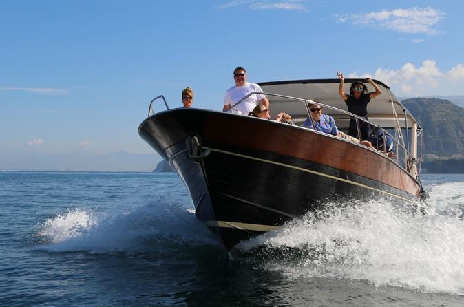 Small Group Capri Boat Tour from Naples