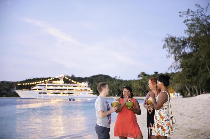 5-Day Blue Lagoon Wanderer Cruise in Fiji