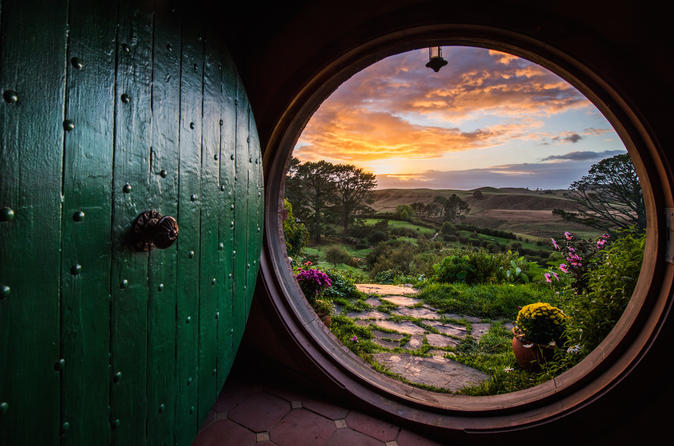 Waitomo caves and lord of the rings hobbiton movie set tour including in hamilton 265920