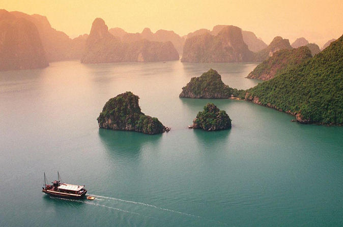 Halong Bay 2 days 1 night trip with the original route""