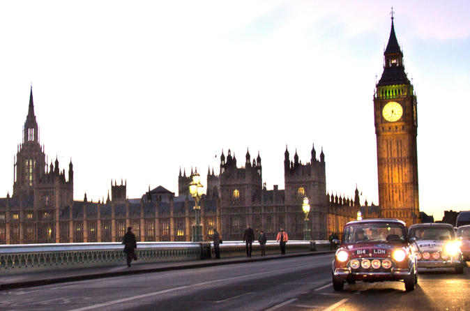 Private Tour of London's Landmarks in a Classic Car
