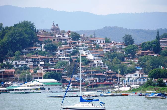 Valle de Bravo and Yacht from Mexico City