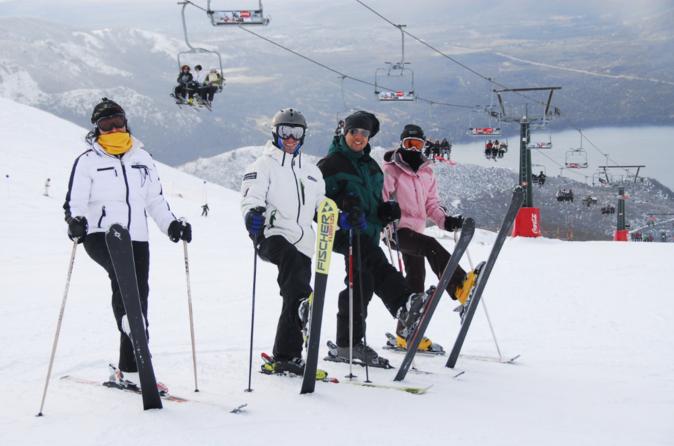 Pacote de 4 ou 6 dias para esquiar em Bariloche com acomodação no Village Condo