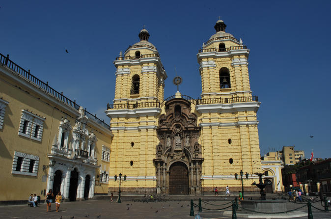 Churches and Balconies of Lima Half Day Tour