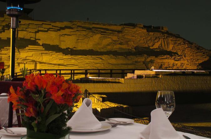 Jantar em Huaca Pucllana