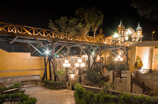 Private Tour: Barranco Sightseeing Tour including Osma Museum, Dedalo Store and the Bridge of Sighs