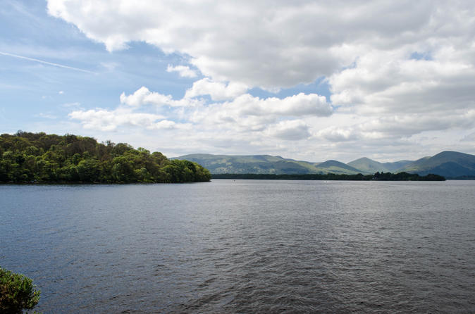 Loch Lomond, Stirling, and Deanston Distillery Tour from Edinburgh