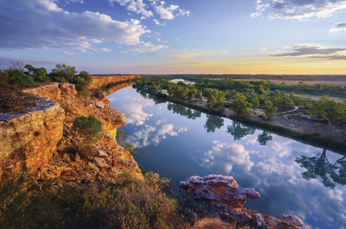 Murray River: Riverland Adventure Tour From Adelaide