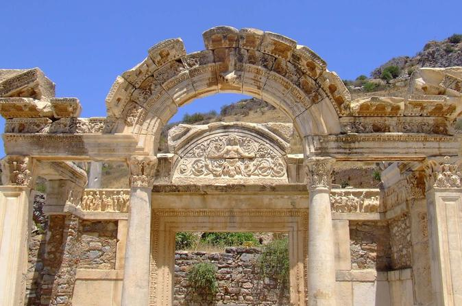 Izmir shore excursion private tour to ephesus and the house of virgin in izmir 103934