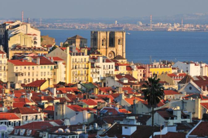 Combo Lisboa: excursão com várias paradas com quatro rotas incluindo bonde
