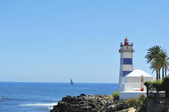 Viagem de meio dia por Sintra, Palácio da Pena e Cascais, saindo de Lisboa