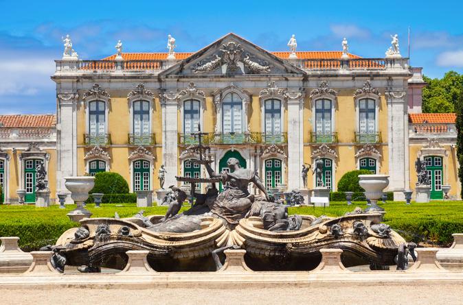 Viagem diurna até os Palácios Reais de Sintra, saindo de Lisboa: Palácio de Queluz, Palácio de Pena e Parque de Pena