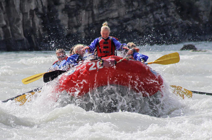 Athabasca canyon run family rafting class ii plus rapids in jasper 431462