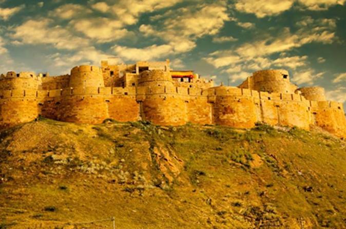 One-Way Private Transfer from Jodhpur To Jaisalmer City Drop