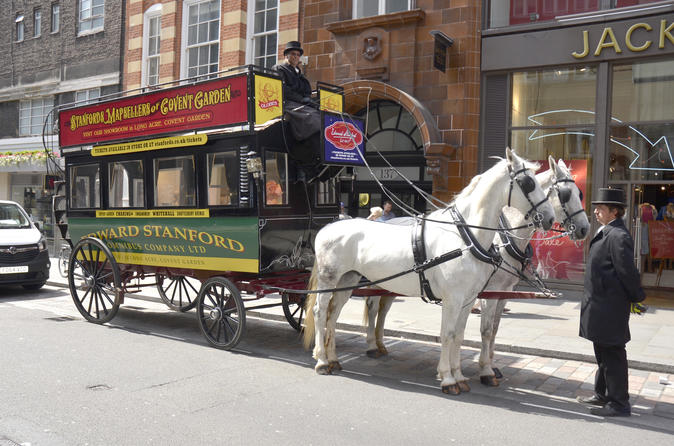 London Victorian Sightseeing Tour in a Horse-Drawn Carriage