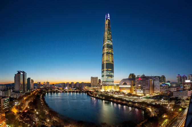 Skip The Line: Lotte World Tower Seoul Sky Admission Including One-way Metro Ticket""