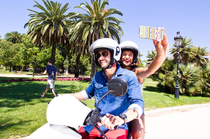 Málaga Independent Scooter Tour and Rental