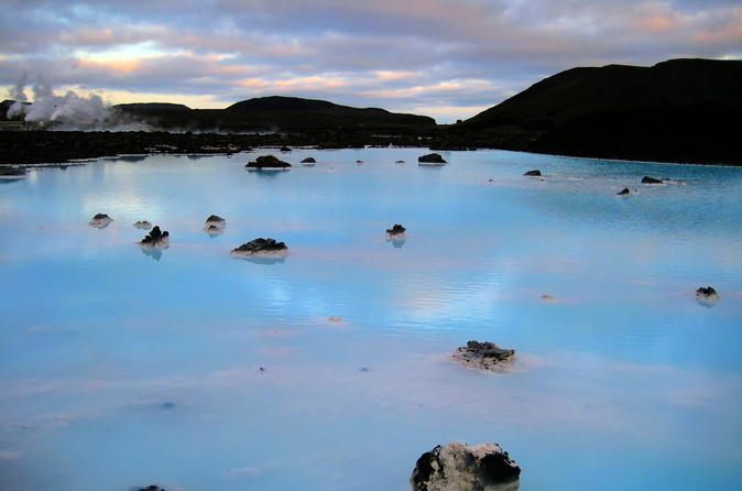 Blue Lagoon and Evening Northern Lights Cruise from Reykjavik