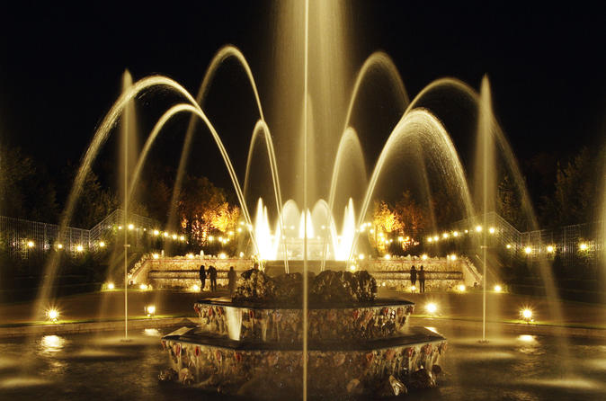 Versailles Gardens Ticket: Summer Fountains Night Show and Fireworks with Optional Royal Serenade Dance Show France, Europe