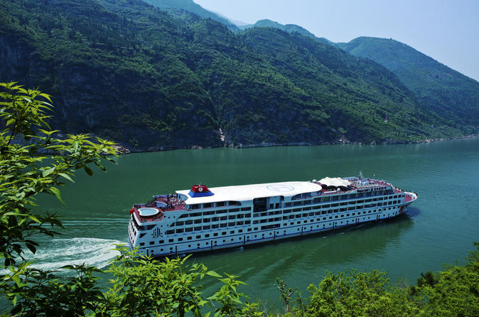 3 night yangtze river cruise from chongqing to yichang including the in yangtze river 110533