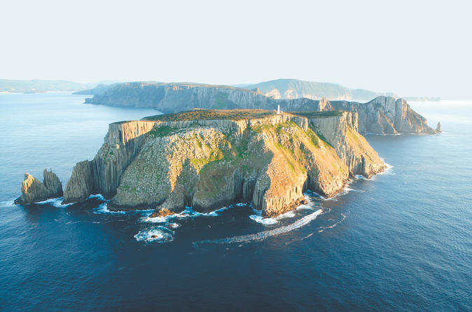 3-Hour Tasman Peninsula Wilderness Cruise from Port Arthur