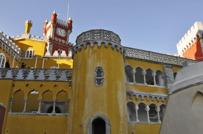 Easter Trip: Sintra Small-Group Tour with Cabo da Roca and Cascais from Lisbon