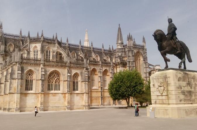 Viagem diurna para Fátima, Nazaré e Óbidos com Mosteiro da Batalha de Lisboa