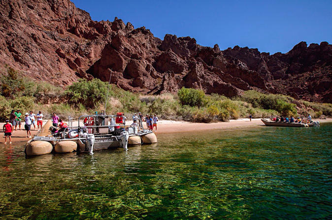 Las Vegas Combo Tour: Grand Canyon Helicopter Flight and Colorado River Float Day Trip