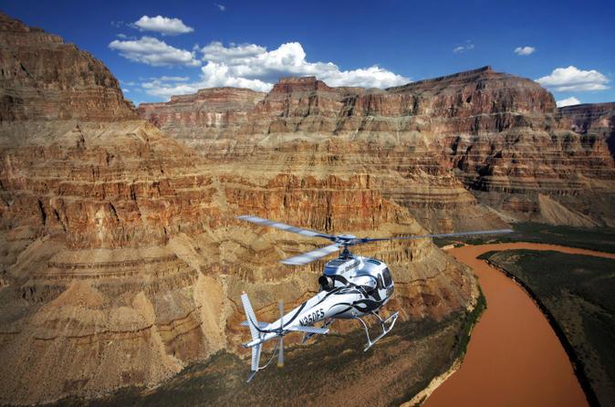 Passeio panorâmico de helicóptero de luxo à margem oeste do Grand Canyon