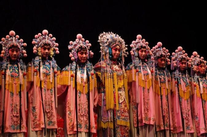Private tour of beijing shichahai nanluoguxiang and peking opera with in beijing 118760