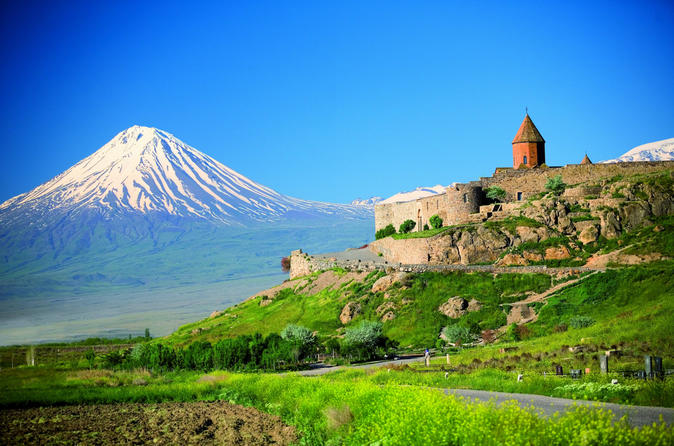 Group Tour to Khor Virap, Noravank, Areni Winery