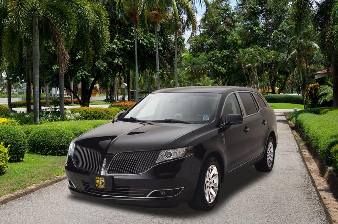 Private Vancouver Transfer: Airport to Hotel or Cruise Port