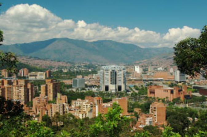 City tour por Medellín com almoço opcional e passeio de gôndola Metrocable