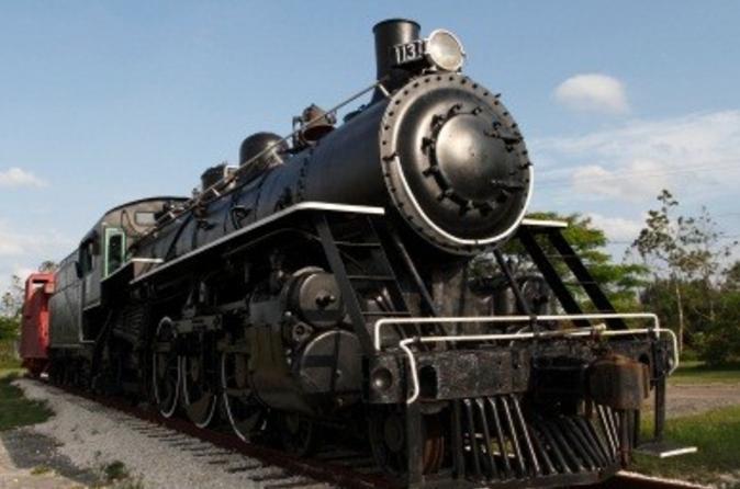 Excursão ferroviária independente de ida e volta para Zipaquirá saindo de Bogotá no Trem a vapor panorâmico