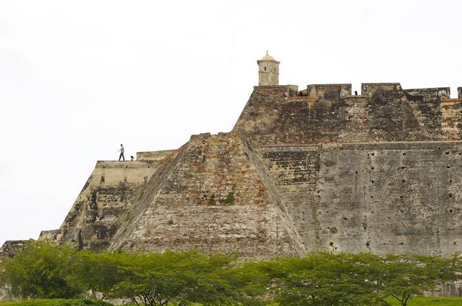 Excursão terrestre por Cartagena: Excursão pela história da cidade, incluindo locais declarados Patrimônio da Humanidade pela UNESCO
