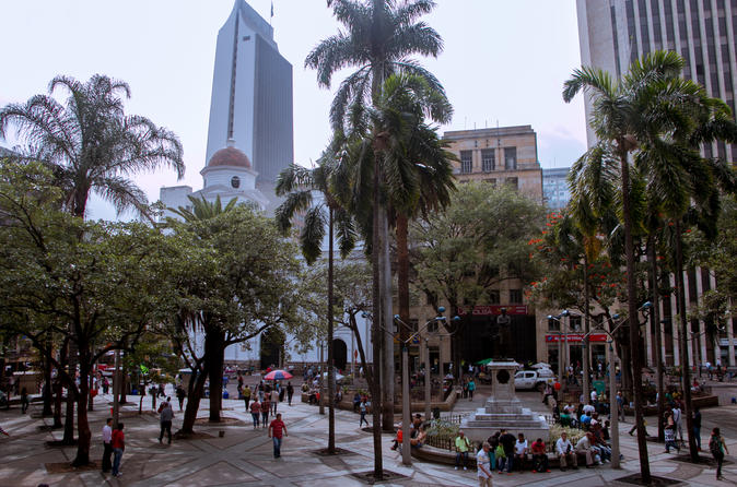 Transport Medellín  to  Manizales