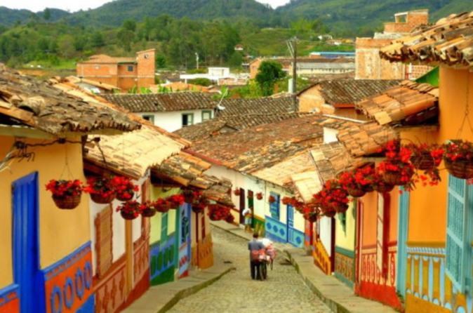 Viagem diurna para Guatapé saindo de Medellín