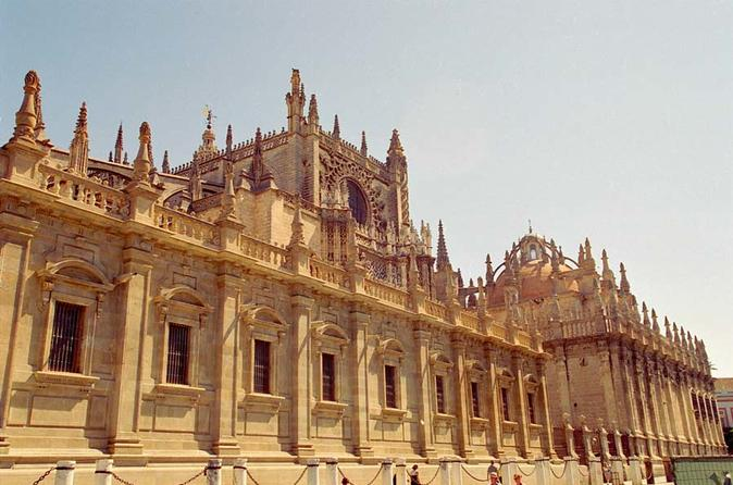 Viagem de 2 dias por Portugal Sagrado: Fátima, Batalha, Nazaré e Óbidos saindo de Lisboa